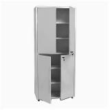 Шкаф металлический двухсекционный двухстворчатый МСК - 647.01